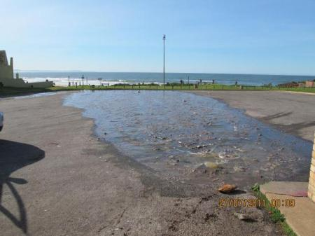Sewage spill at supertubes brought under control jbay news for Raw sewage under house
